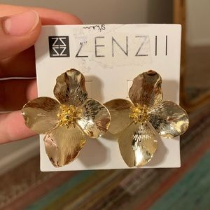 Zenzii Garden Party Flower Post Earrings